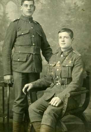 Two British soldiers of the First World War (studio portrait)
