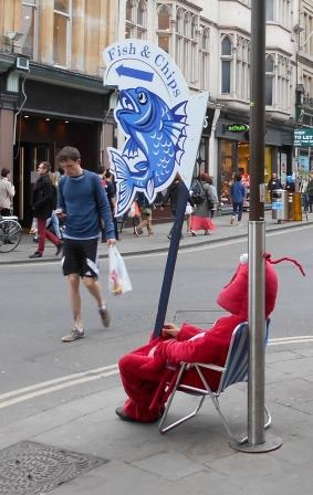 Prawn oin chair outside Waterstone's, Oxford